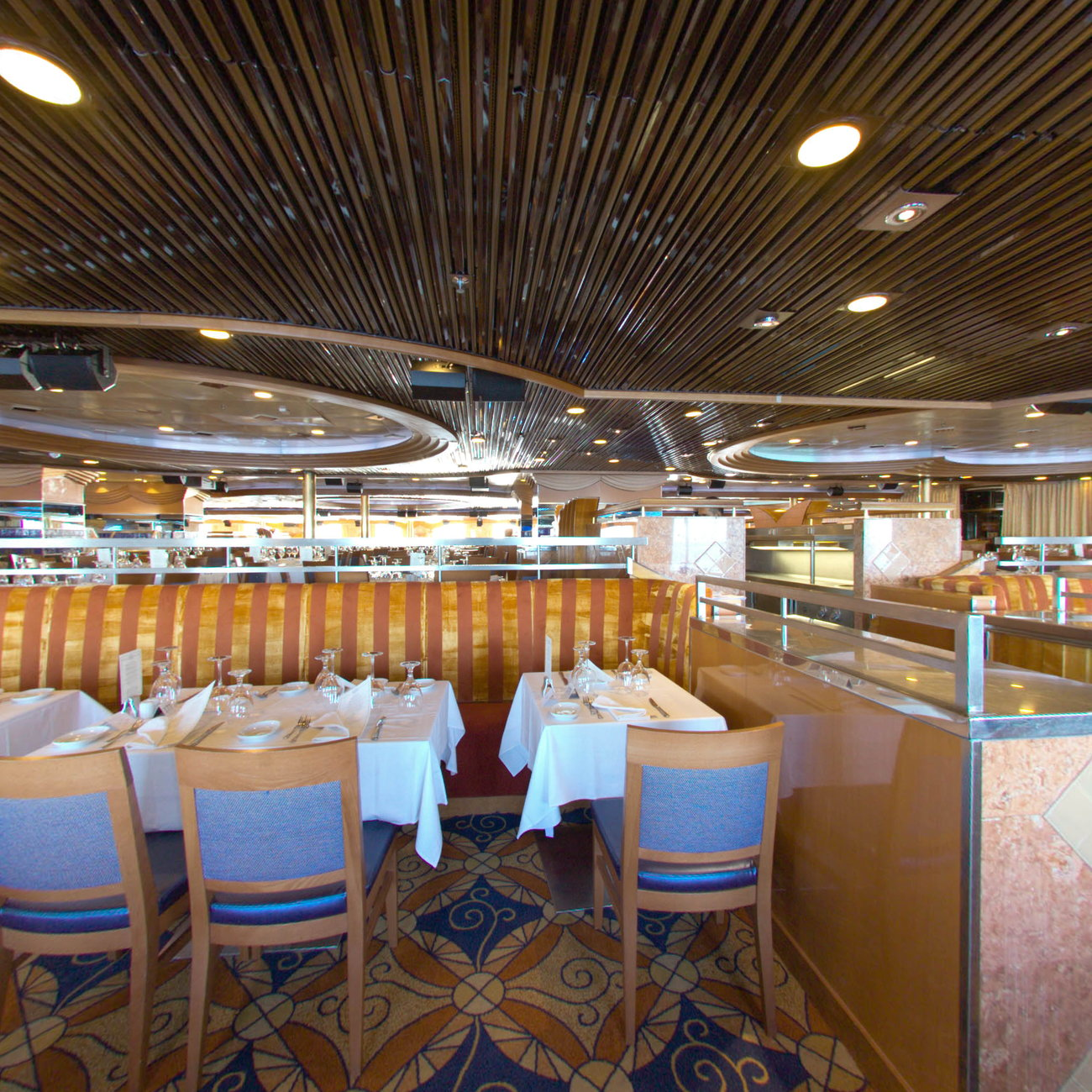 Panorama of Mardi Gras Dining Room on Carnival Inspiration