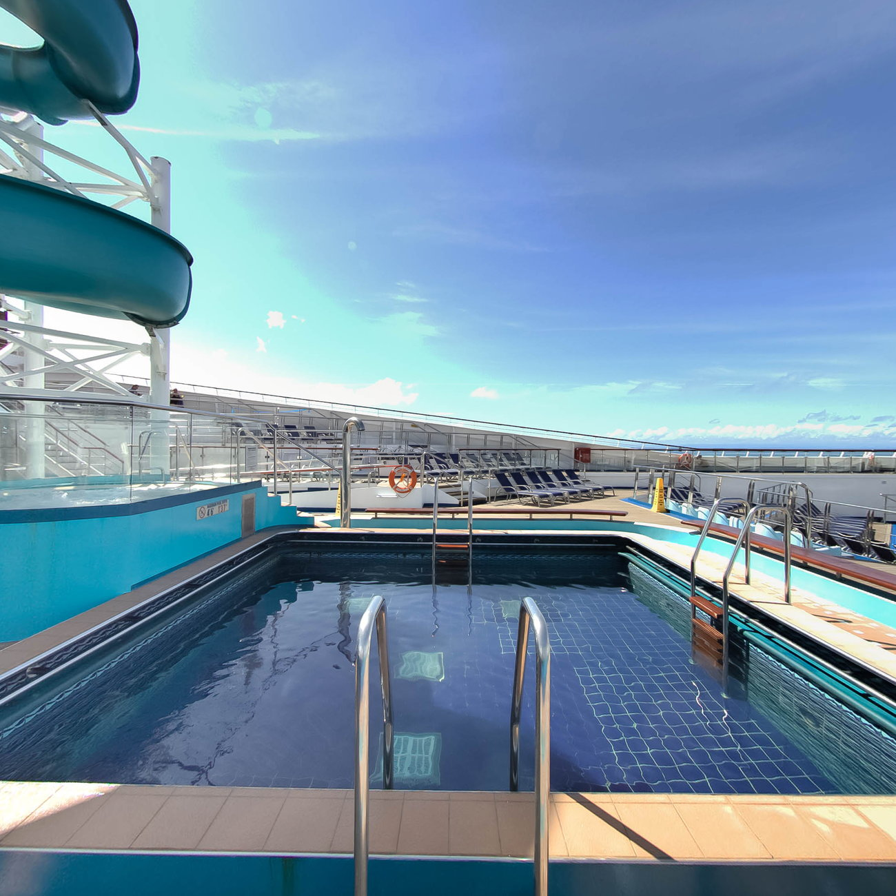 View How Many Pools Are On Carnival Glory  PNG