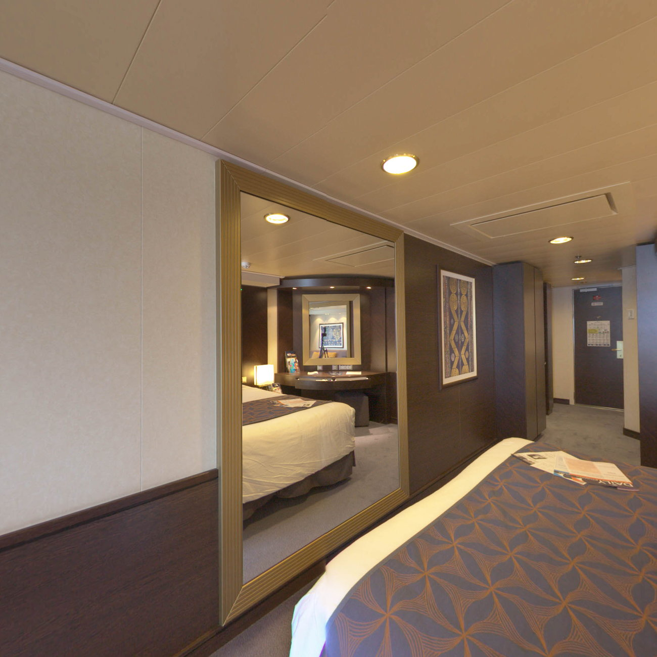 Panorama of The Suite on MSC Divina