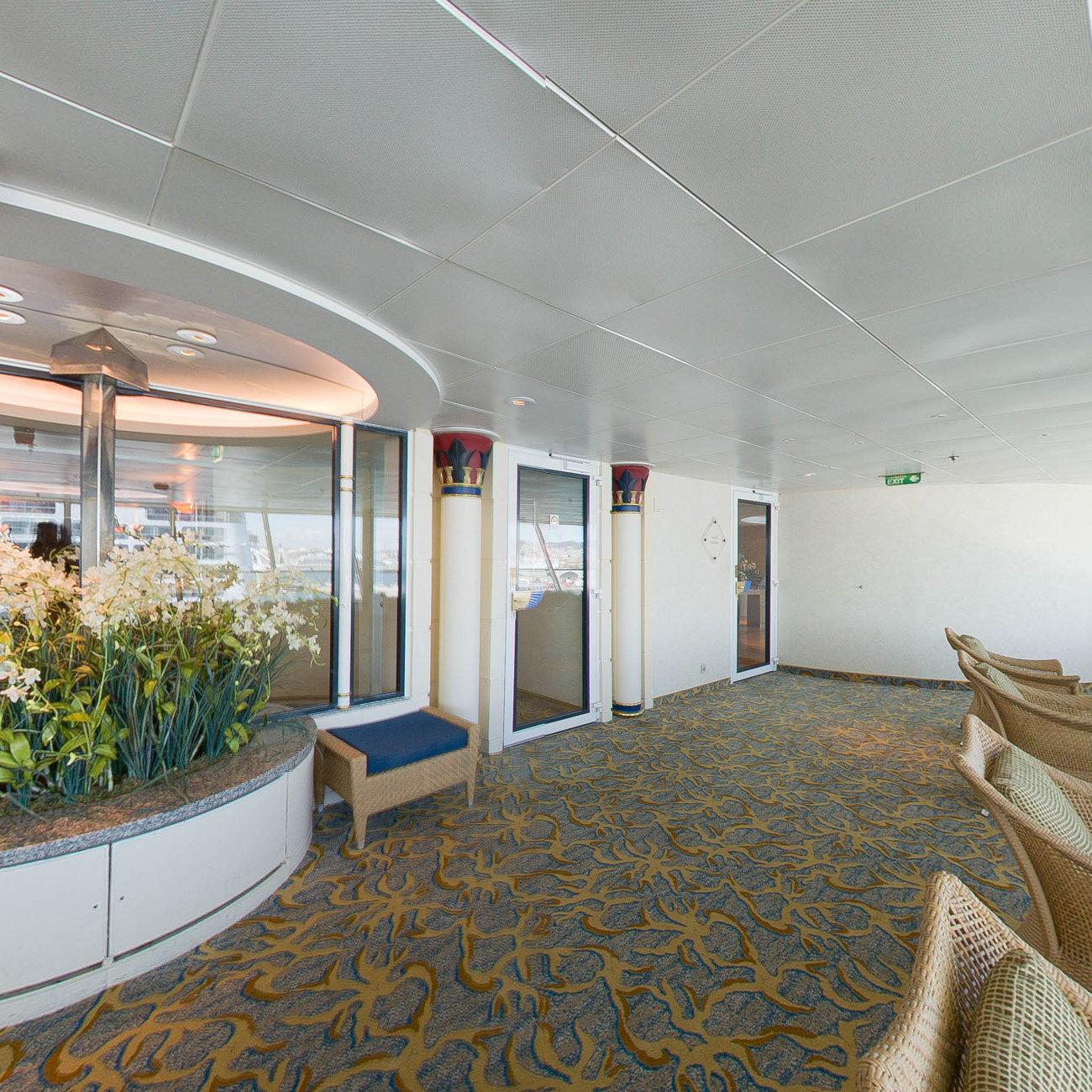 Salon Panorama Officiel: Spa On Royal Caribbean Rhapsody Of The Seas Cruise Ship