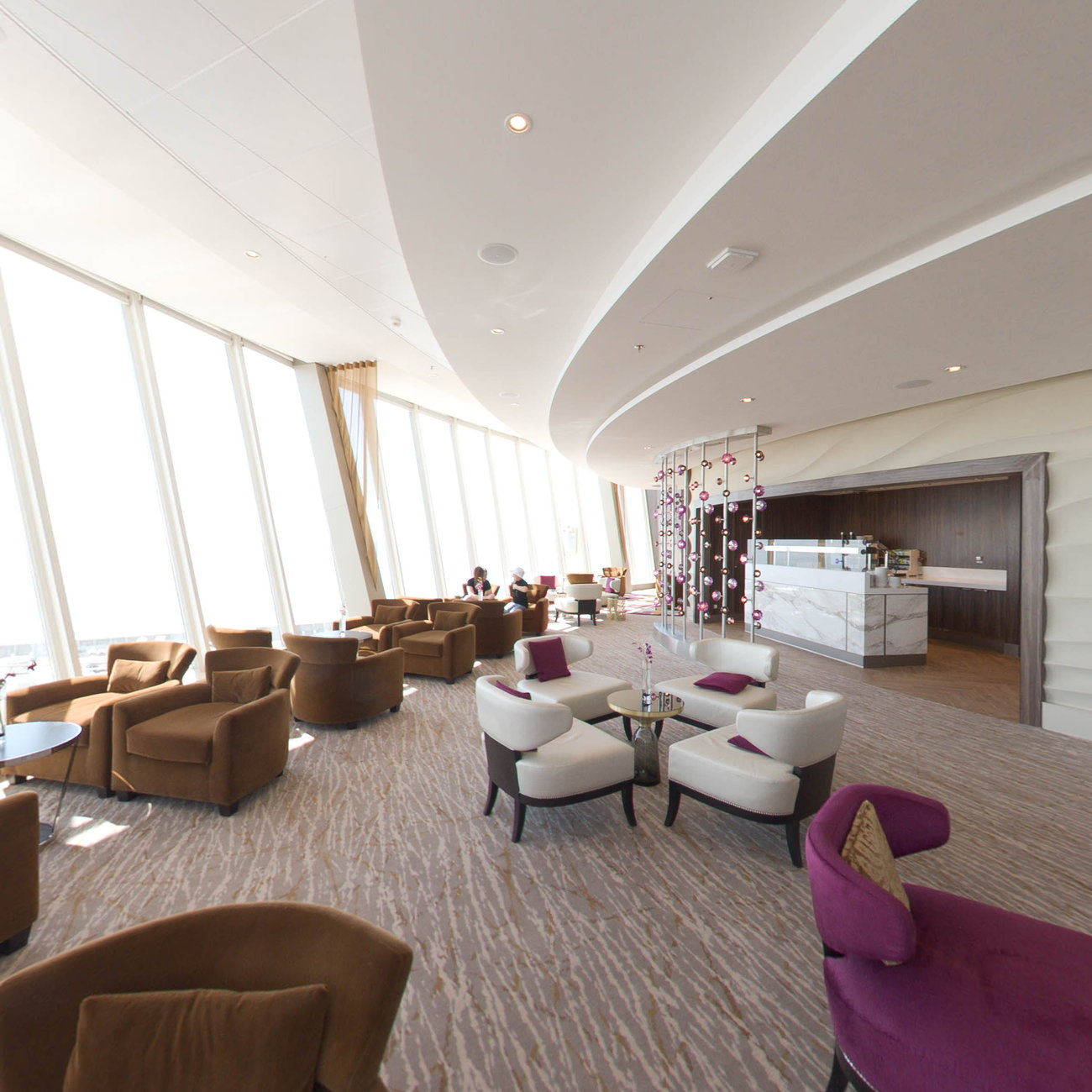Panorama of Suite Bar on Harmony of the Seas