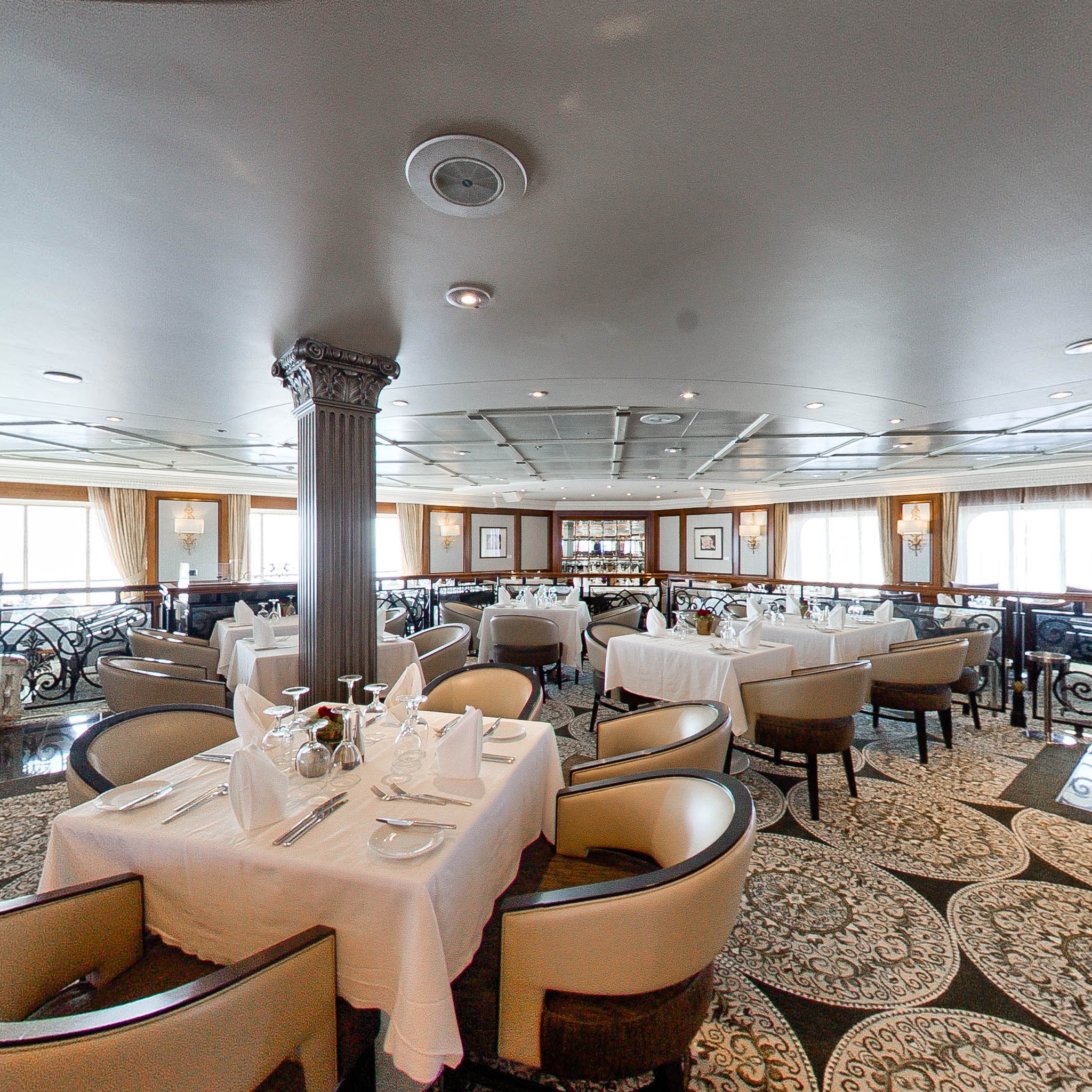 Panorama of Discoveries Restaurant on Azamara Journey