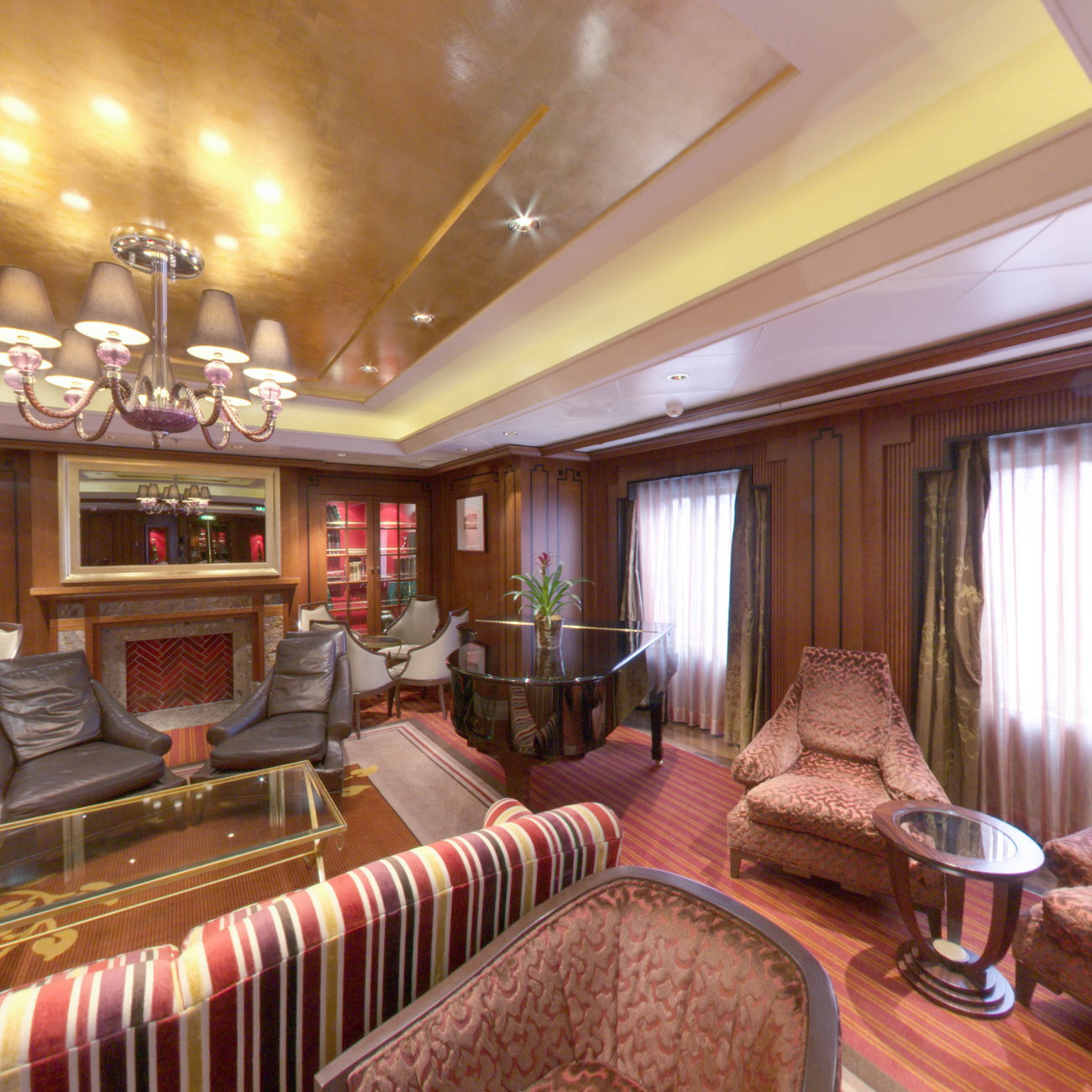 Panorama of Michael's Club on Celebrity Eclipse