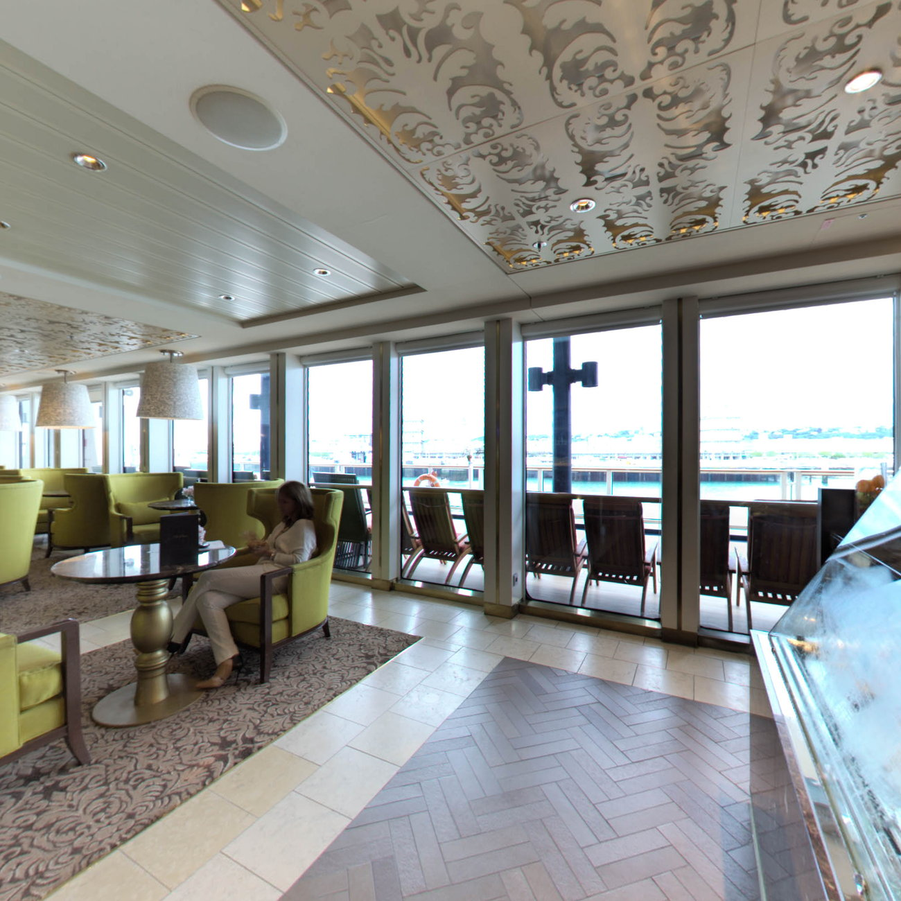 Panorama of Gelateria on Celebrity Eclipse