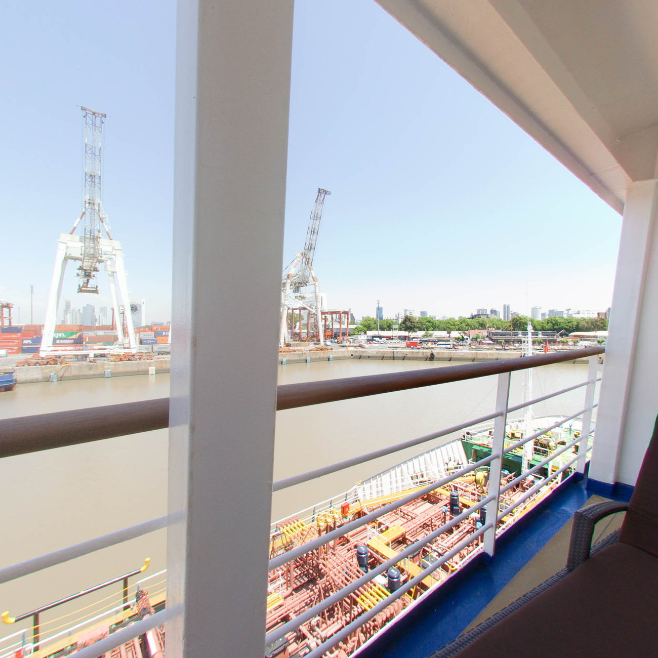 Panorama of The Owner Suite on Silver Cloud Expedition