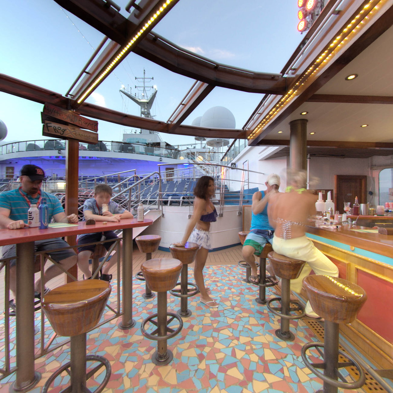 Panorama of Red Frog Rum Bar on Carnival Sunshine