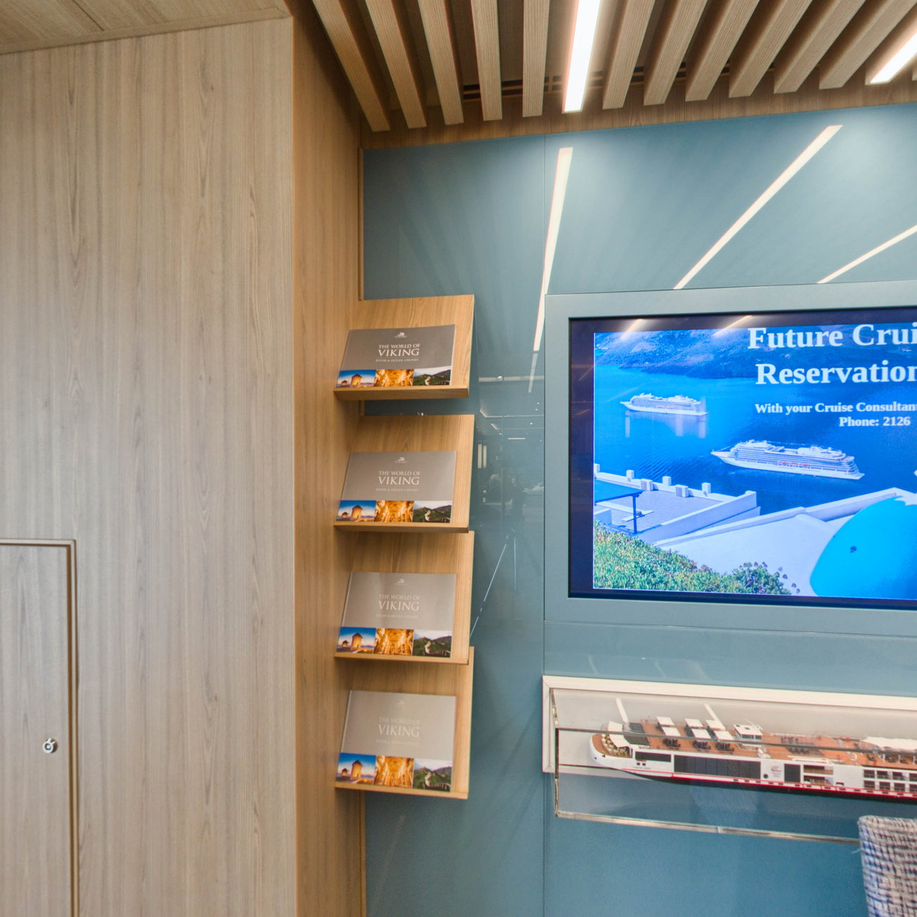 Panorama of Viking Cruises Desk on Viking Sky