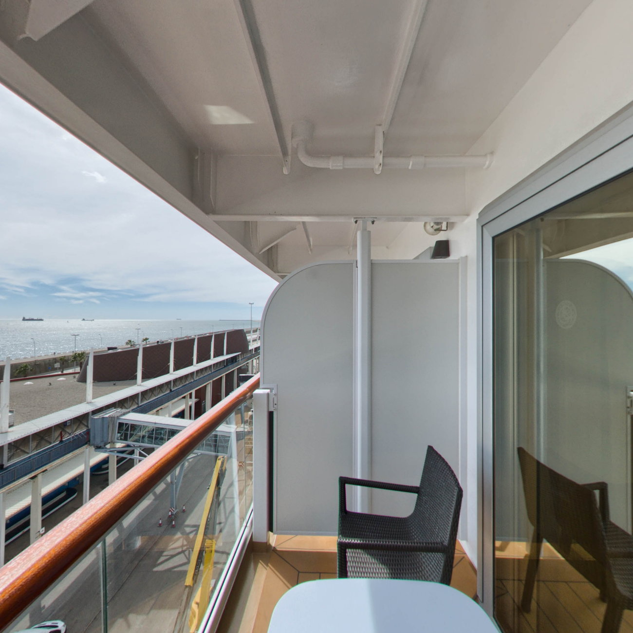 Panorama of The Accessible Penthouse Junior Suite on Viking Sky