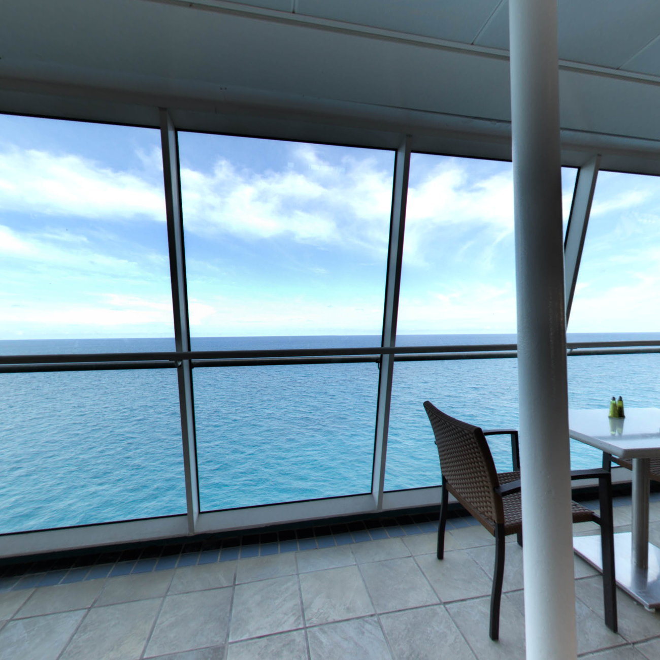 Panorama of Park Cafe on Enchantment of the Seas