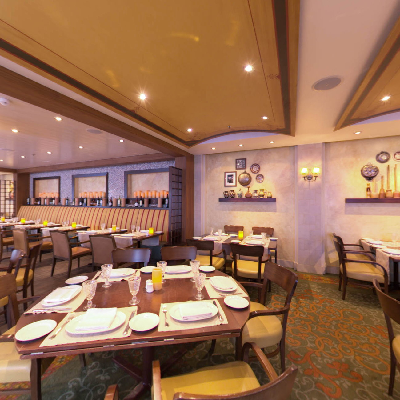 Panorama of Giovanni's Table on Allure of the Seas